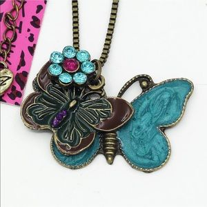 Retro Butterflies 🦋 Necklace
